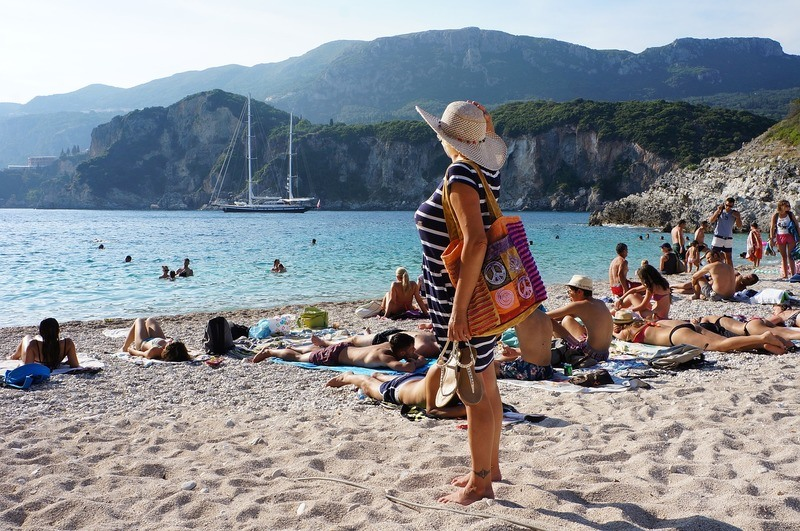 corfu-island-crowds